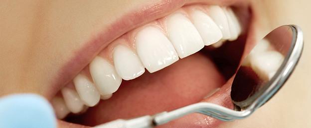 Zdrowe dziąsła to podstawa zdrowych zębów